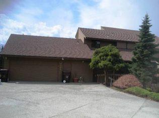1700 Country Club Dr , East Wenatchee WA