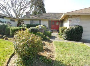 7304 Oak Leaf Dr , Santa Rosa CA