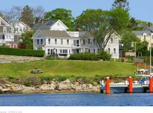 16 Riverview Ave , Groton CT
