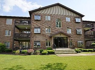 6431 Oak Forest Ave Apt 3N, Tinley Park IL
