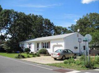 36 Maple St , Beachwood NJ