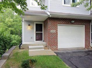 1302 Carpenter St , Madison WI