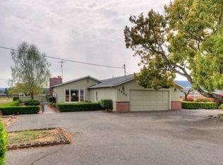 1237 Bella Oaks Ln , Napa CA