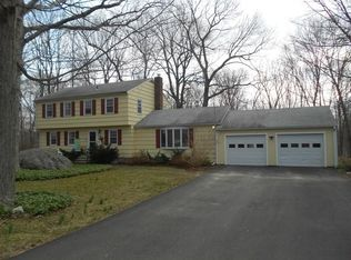 55 Coachlamp Ln , Guilford CT