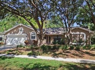 1708 Magdalene Manor Dr , Tampa FL