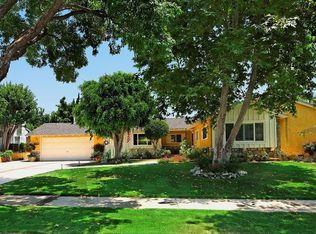 10934 Etiwanda Ave , Northridge CA