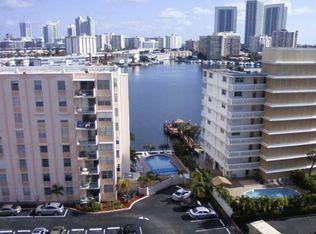 427 Golden Isles Dr Apt 10H, Hallandale Beach FL