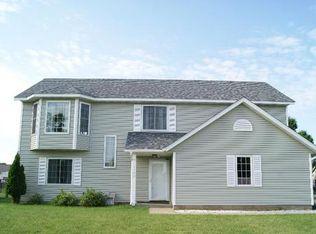 1100 Spruce St , Farmington MN