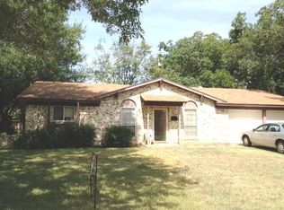 1711 Lake Haven Dr , Irving TX