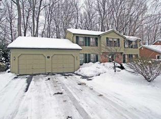 76 Hardwood Ln , Rochester NY