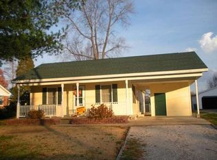 905 N 1st St , Boonville IN