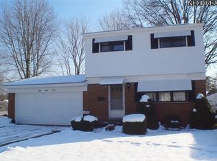 867 Jamestown Ave , Elyria OH