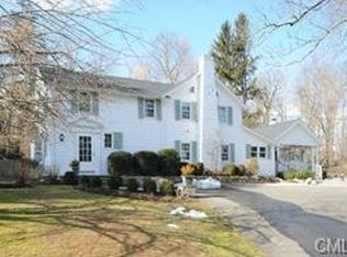 45 Canoe Hill Rd , New Canaan CT