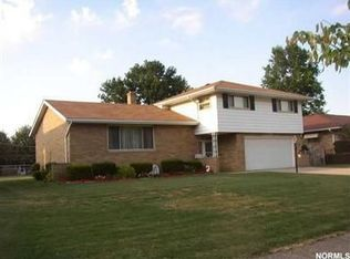 13632 Pineview Ct , Cleveland OH