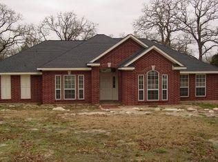 1225 Wildwood Rd , Ledbetter TX