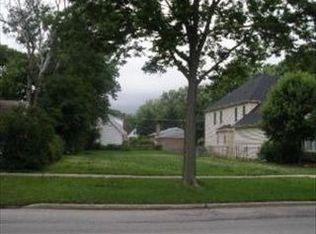 916 S Spring Rd , Elmhurst IL