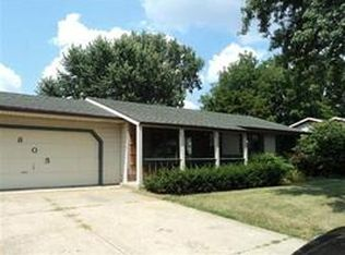 805 Mohawk Dr , Angola IN