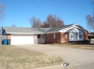 1117 Sunvalley Dr , Midwest City OK