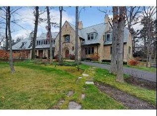 1590 Hawthorne Ln , Highland Park IL