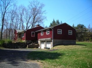 96 West St , Granby MA