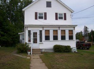 8 Hill Ave , Corinth NY