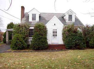 13 Windsor Dr , Glenville NY