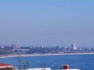 18444 Clifftop Way , Malibu CA