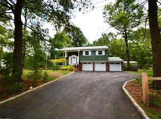 71 Clover Hill Rd , Millington NJ