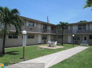 1710 Mckinley St Apt 8, Hollywood FL