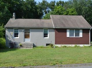 20 Maplehurst Ave, East Longmeadow, MA 01028