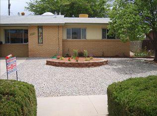 638 Maxine St NE , Albuquerque NM