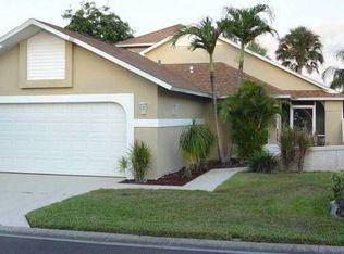 9495 Palm Island Cir , North Fort Myers FL