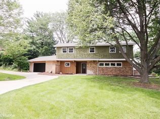 406 Bunning Dr , Downers Grove IL