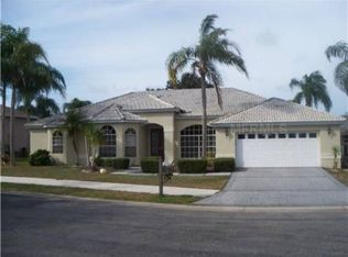 4660 Country Manor Dr , Sarasota FL