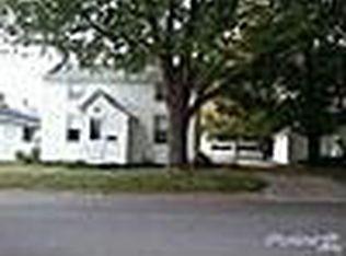 709 4th Ave SE , Dyersville IA