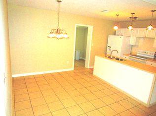 1208 37th St W , Bradenton FL
