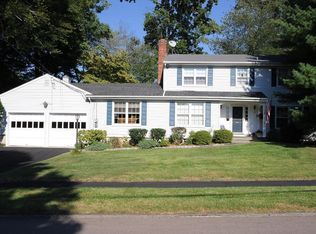 36 Southwood Dr , New Canaan CT