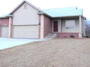 2136 E Brookstone St , Derby KS