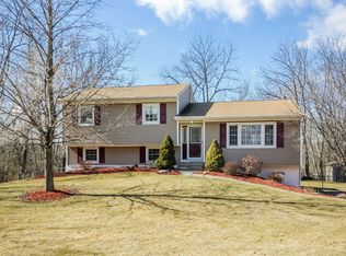 43 Lynne Rd , Hopewell Junction NY