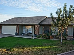 919 E Greenway St , Mesa AZ