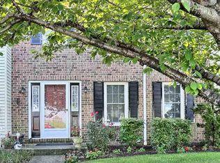 454 Allenview Dr , Mechanicsburg PA