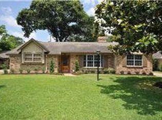 5015 Oak Forest Dr , Houston TX