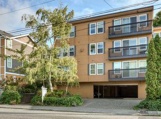 1122 10th Ave E Apt 302, Seattle WA