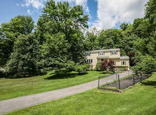 465 Old Chappaqua Rd , Briarcliff Manor NY