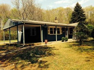 28 Whittemore Rd , Middlebury CT