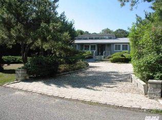 67 Shinnecock Hills Rd , Southampton NY