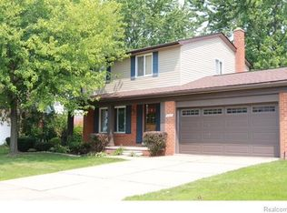 2257 Isabell Dr , Troy MI