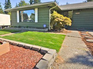 2327 N 117th St , Seattle WA
