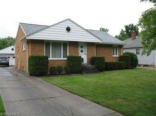 10741 Barrington Blvd , Parma Heights OH