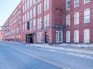 240 Jackson St Apt 301, Lowell MA